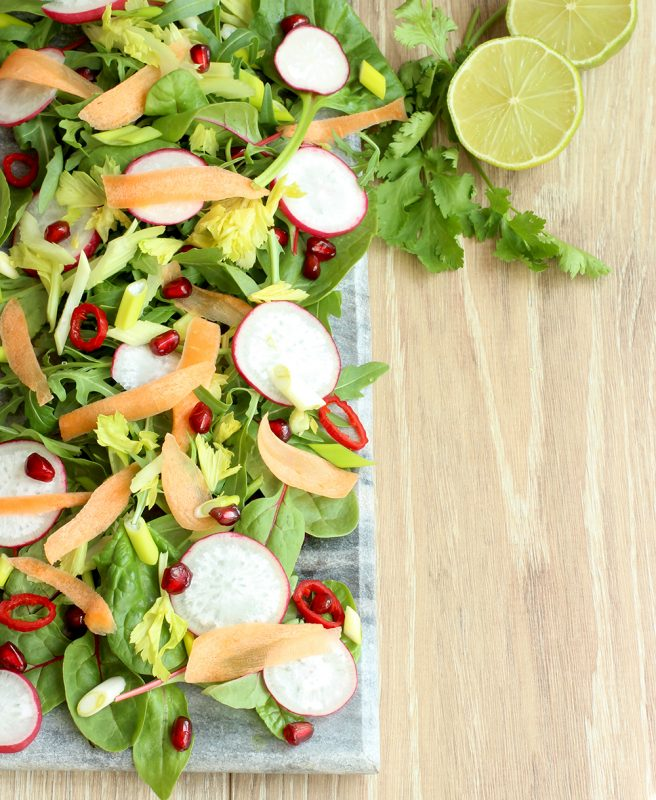 Thai chicken power salad - Healthy, gluten free, easy and quick, great for lunch! thepetitecook.com