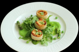 Can you believe these are actually vegan? A simple ingredient can make an incredible main course! http://www.thepetitecook.com/vegan-scallops-with-spring-greens/