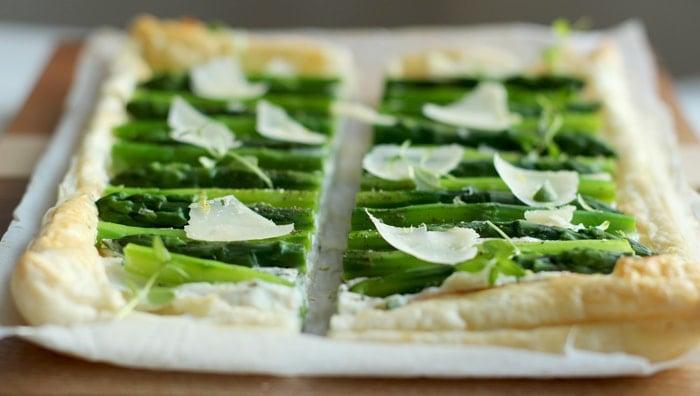 tart-asparagus-herbs