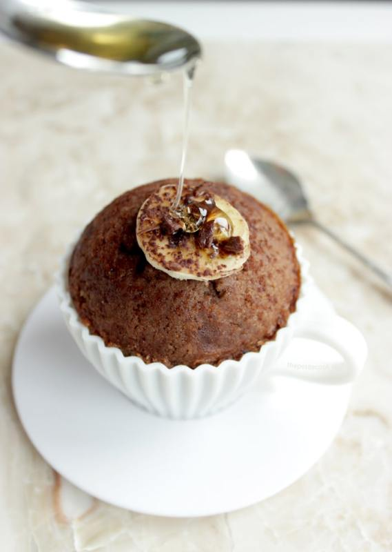 easy banana muffins with a drop of honey on top