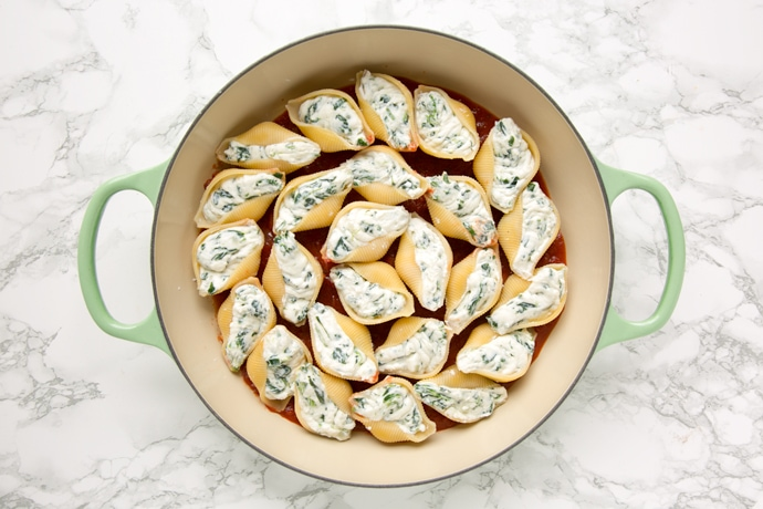 Spinach and Ricotta Stuffed Pasta Shells