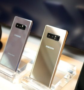 Samsung Galaxy Note 8 Hands-on back 1