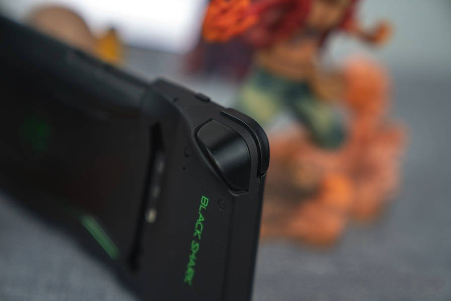 Xiaomi Black Shark Gaming Phone Releases - hands on