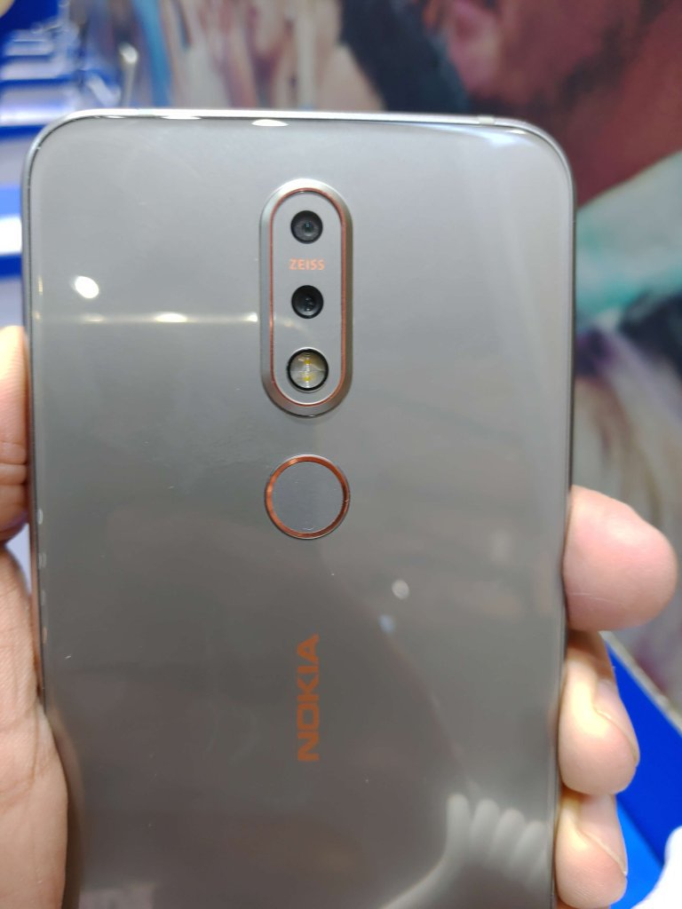 Nokia 7.1 Hands-On Review Cameras
