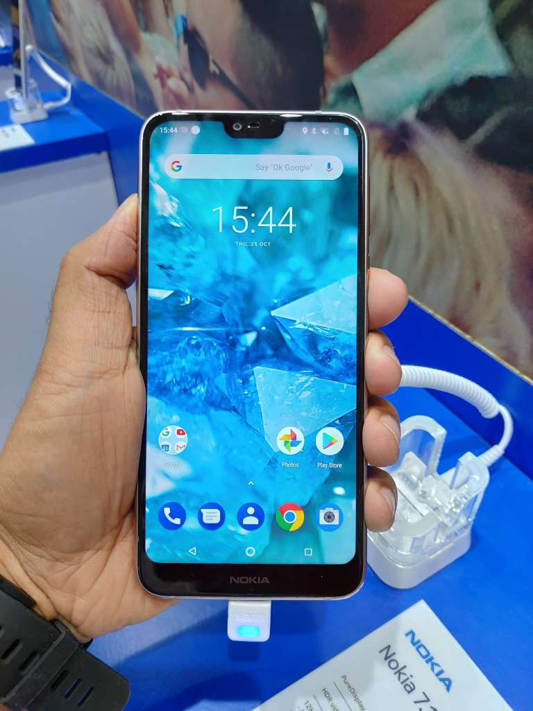 Nokia 7.1 Hands-On Review Screen