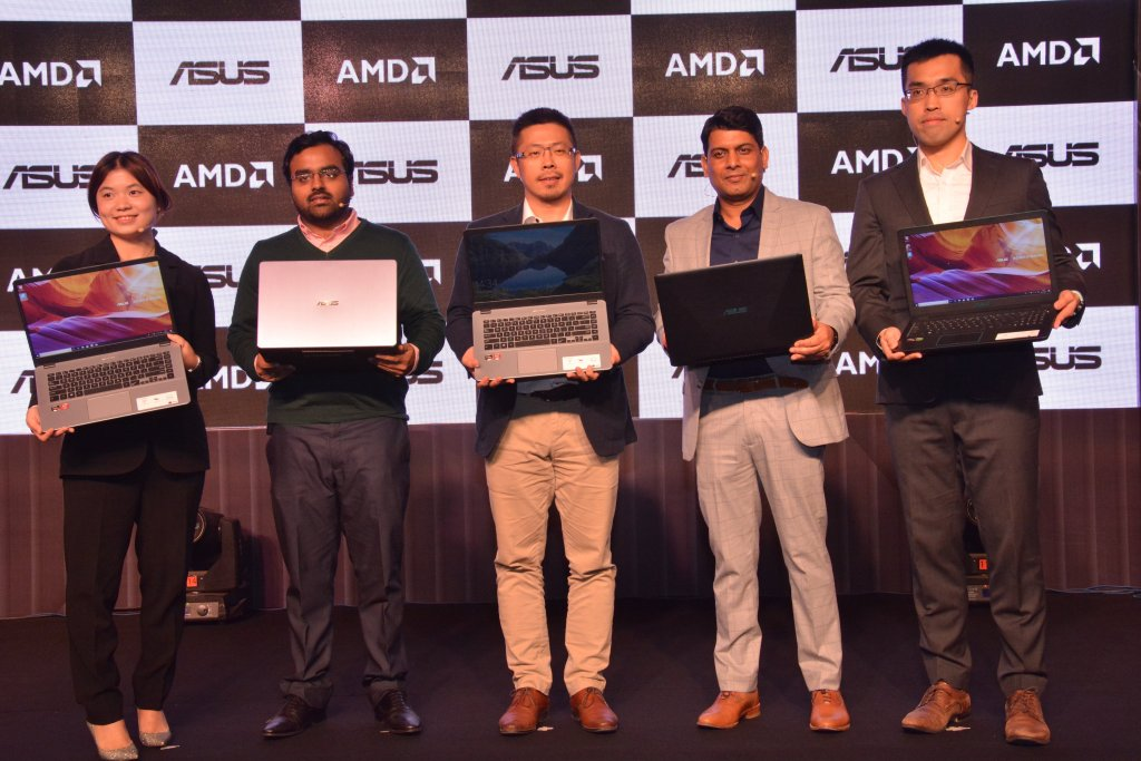Photo Caption Left to Right Ms. Leila Lin Country Product Manager of Asus India  Mr. Siddharth MathurDGM Business Head PC Category Paytm Ma