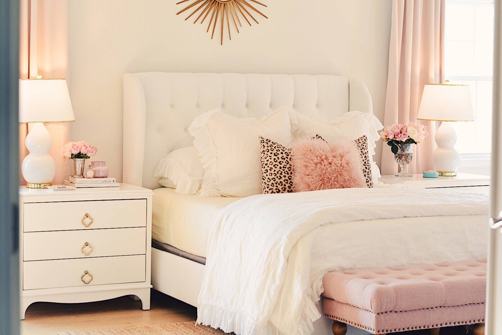 Image of: Bedroom Decor Ideas A Romantic Master Bedroom Makeover The Pink Dream