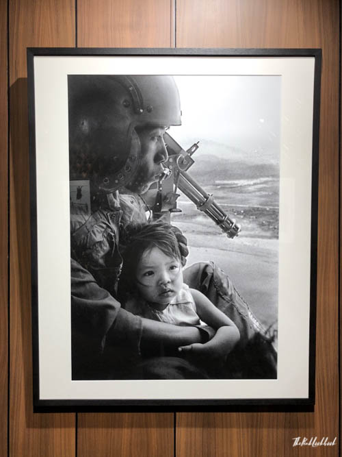 Nick Ut Leica Gallery Bangkok Child