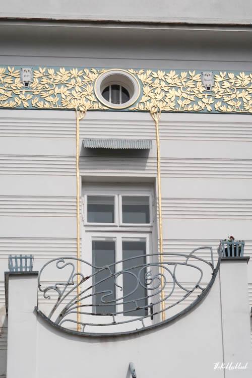 Brunn Jugendstil Detail Balcony