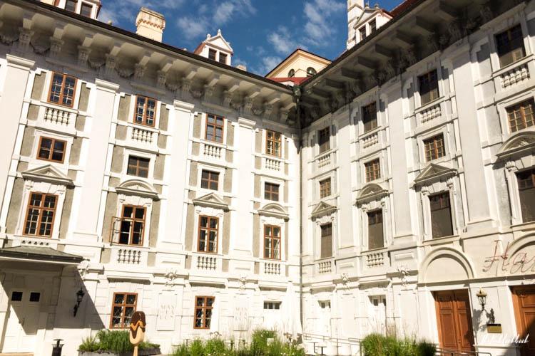 Day Trip from Vienna Eisenstadt Esterhazy Palace Courtyard