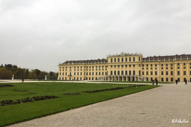 Things to Do in Vienna in Autumn Schoenbrunn Palace