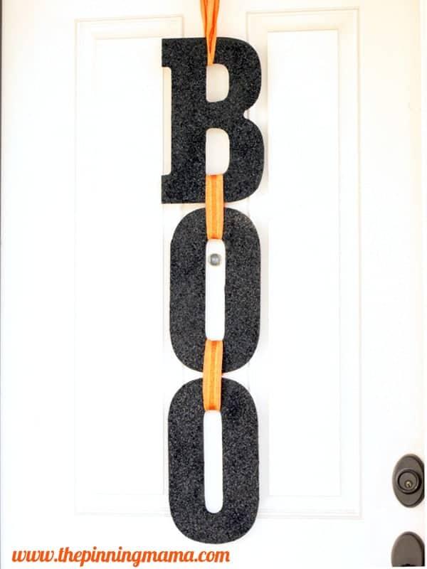 boo-Halloween-door-sign