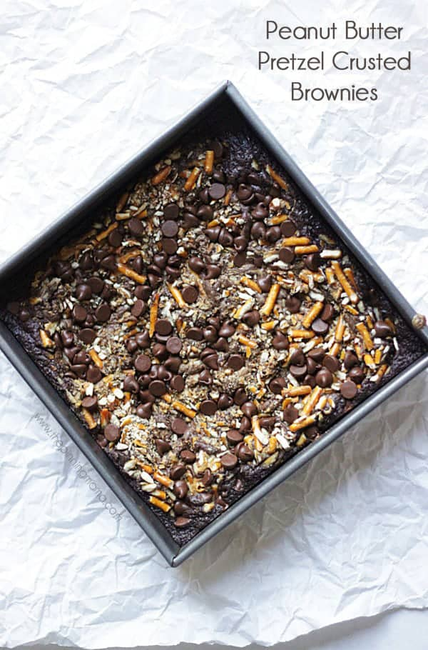 Dress up a brownie mix in 10 minutes to make these gourmet Peanut Butter Pretzel Crusted Brownies. Recipe via thepinningmama.com