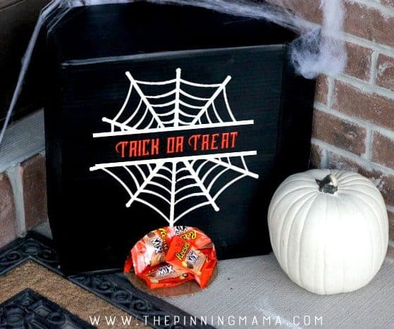 If you aren't going to be home on Halloween... THIS is how to hand out candy. Brilliant Halloween Hack!