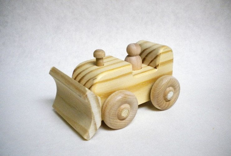 10+ Beautiful Handmade Baby Gifts: Wooden Bulldozer| www.thepinningmama.com