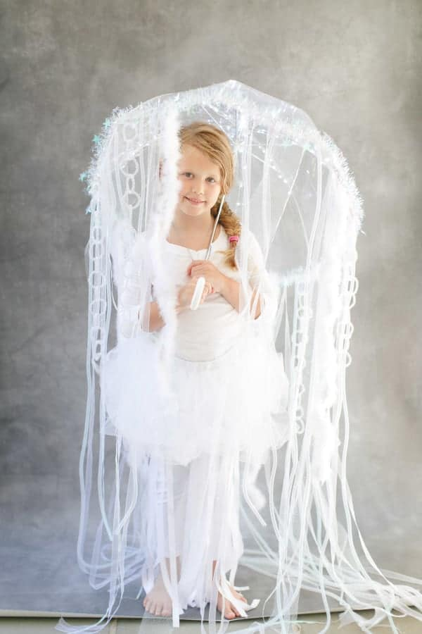 10+ Adorable Tutu Halloween Costumes: Jellyfish | www.thepinningmama.com