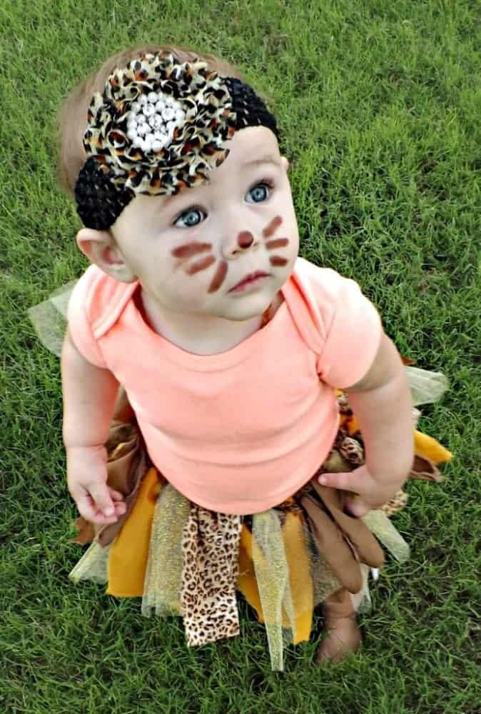 10+ Adorable Tutu Halloween Costumes: Lion   www.thepinningmama.com