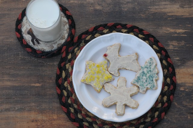 Paleo Sugar Cookies- These paleo sugar cookies are grain-free, gluten-free, nut free and taste delicious!