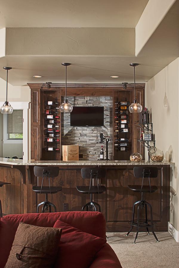 4 Bedrm 3897 Sq Ft Luxury House Plan 161 1067