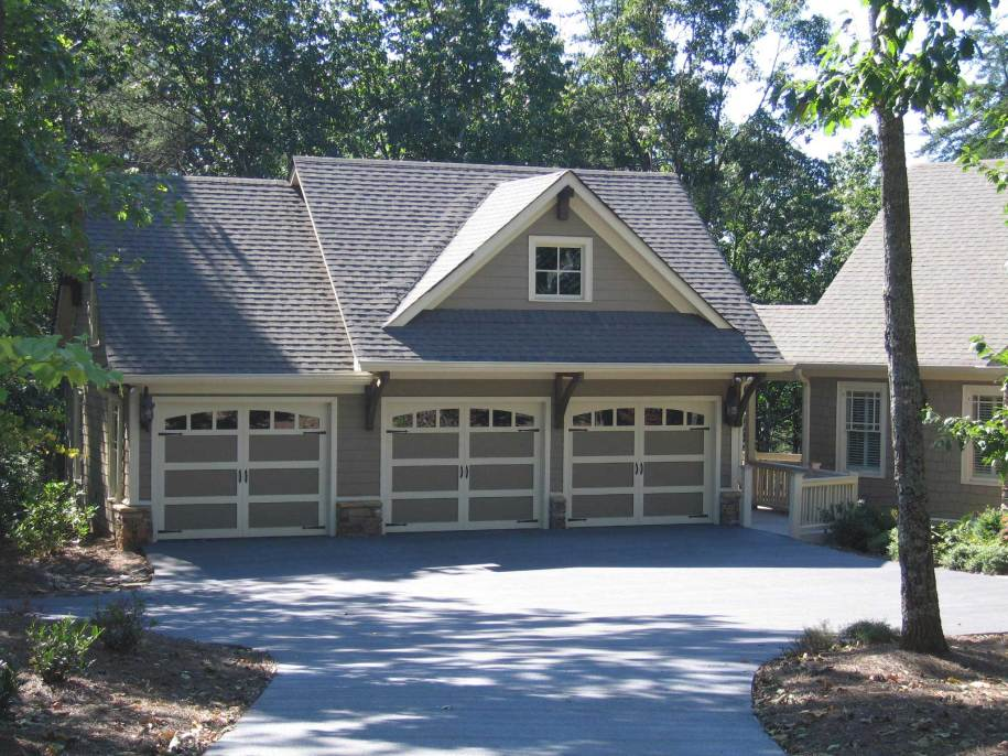 Garage w/Apartments with 3-Car, 1 Bedrm, 679 Sq Ft   Plan ...