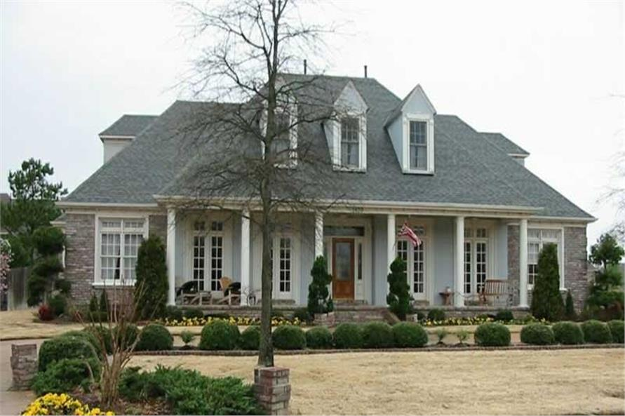 Country Farmhouse Home With 3 Bedrooms 4228 Sq Ft