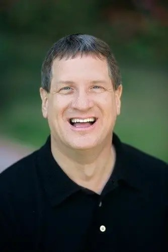 Lee Strobel joins apologetics faculty