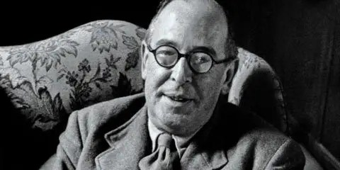 Weekend Apologetics Hit and Misc: C.S. Lewis, Reclaiming Story, & Roles of Faith
