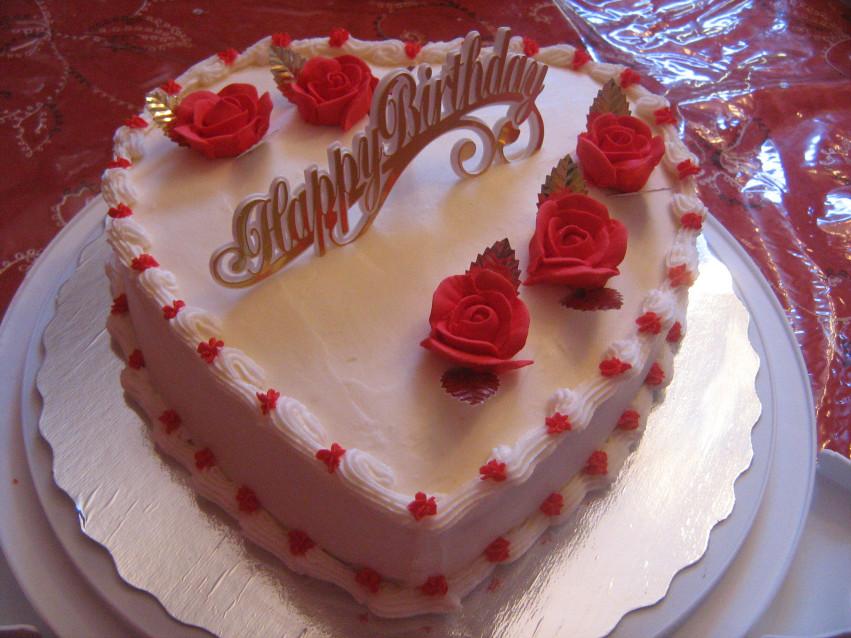 tort zi de nastere cu dragoste