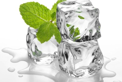 Este bine să mănânci cuburi de gheață?