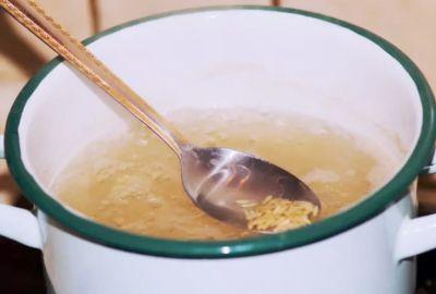 Cum se face apa de orez?