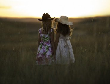 avere due tween twins: gemelle preadolescenti