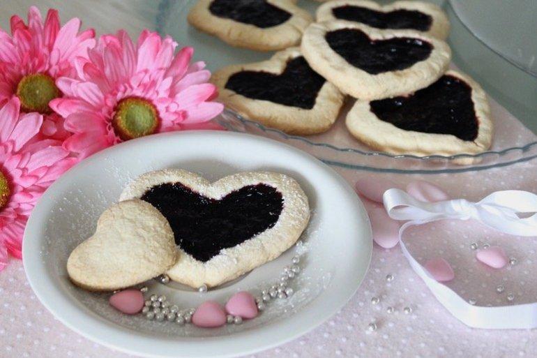biscotti senza glutine con marmellata di mirtilli