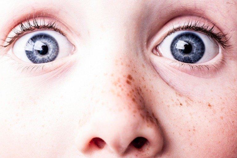 I figli crescono deficienti? La colpa è dei genitori