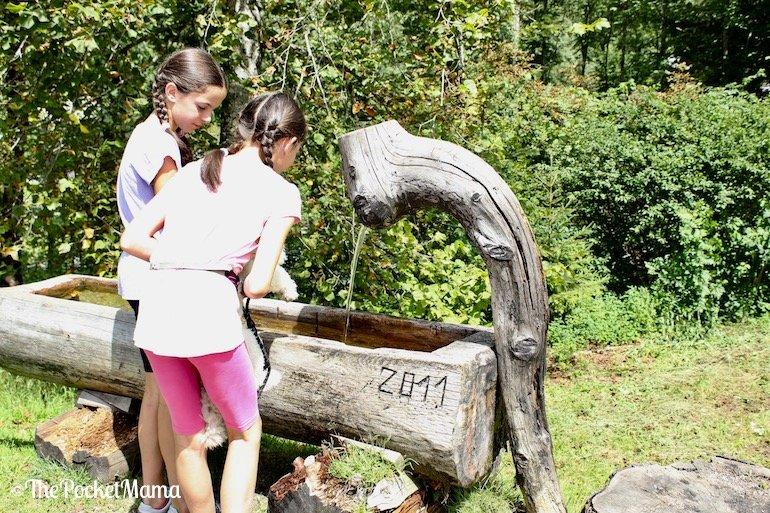 fontana sulla route du cimetiere