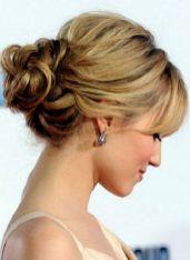 Pettinature per cerimonia capelli medi