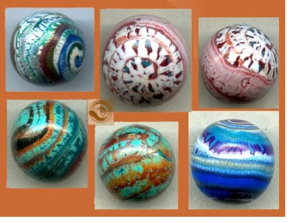 crackle beads old clay 430x323 - Beauty in Old Clay