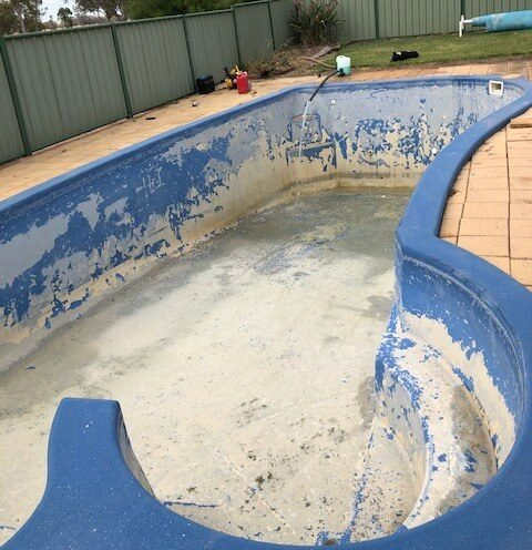 remove calcium from pool surfaces