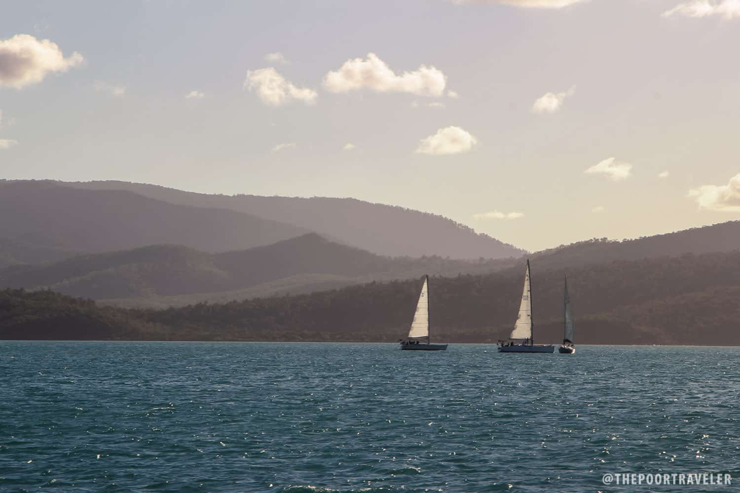 Other sailboats around Whitsundays