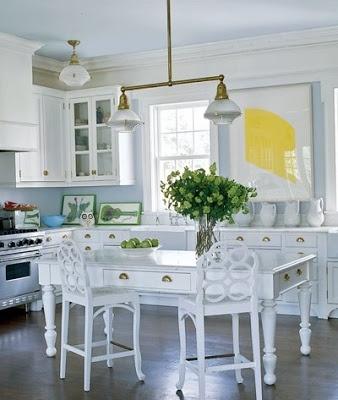 Aerin Lauder Hamptons Kitchen via Elle Decor
