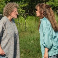 "HILLBILLY ELEGY: (L to R) Glenn Close (""Mamaw""), Amy Adams (""Bev""). Photo Cr. Lacey Terrell/NETFLIX © 2020"