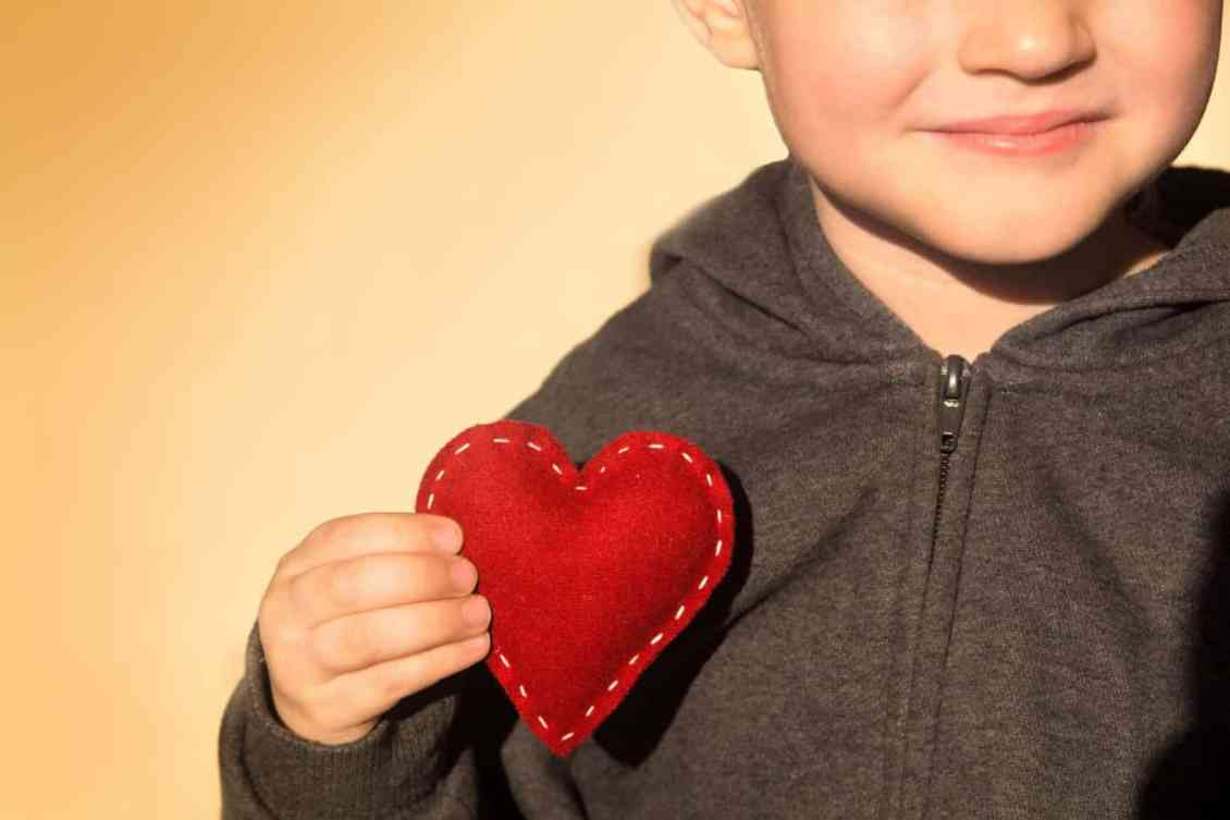 How to Create a Positive Home For Your Children