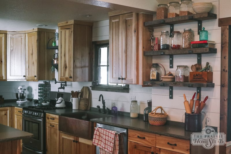 shiplap backsplash farmhouse kitchen
