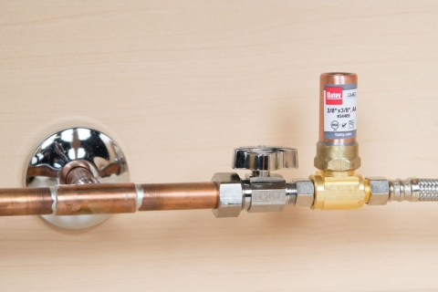 Why Do Preppers Need to Know Basic Plumbing? - The Prepper
