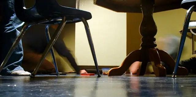 kitchen floor-kitchen safety tips