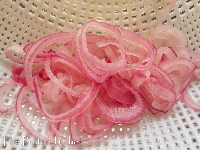 blanched onions rings for nigerian vegetable salad