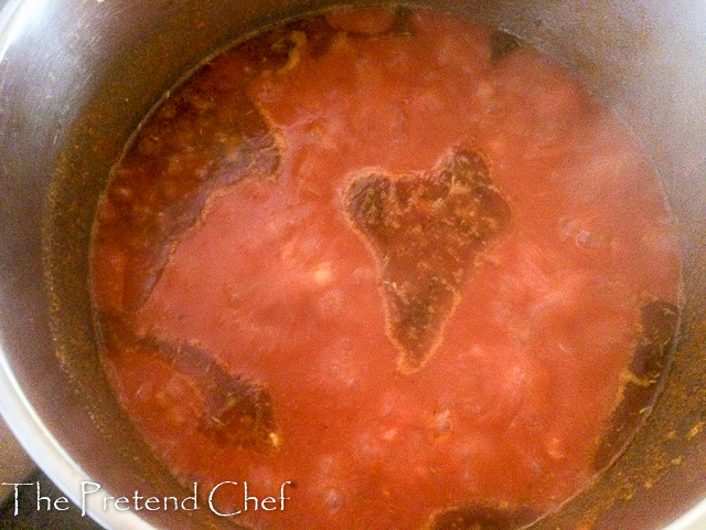 Fresh, light and healthy Nigerian boiled tomato stew boiling