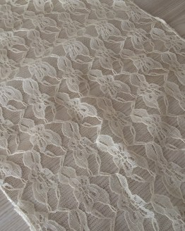 lace table runner hire