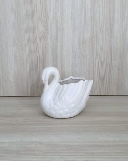 swan vase hire auckland new zealand
