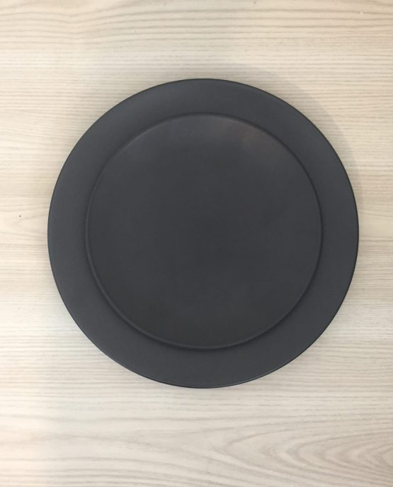 black dinner plate hire