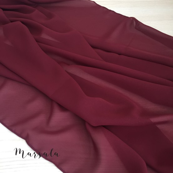 marsala chiffon table runner